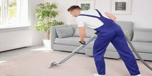Carpet Cleaning Melbourne operator steam clean the carpet